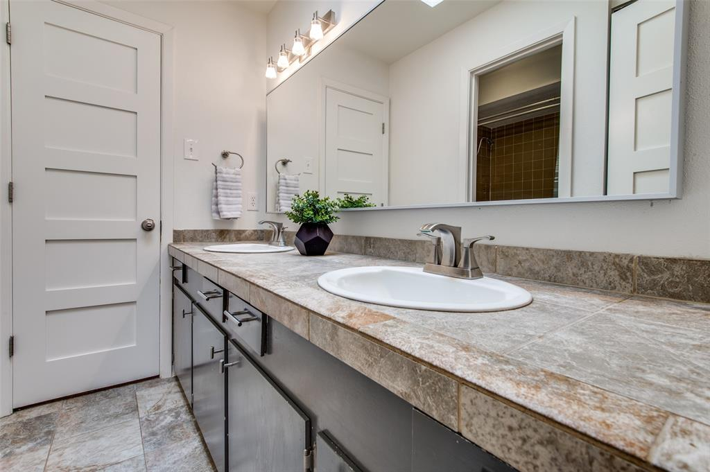 33 Creekwood  Circle, Richardson, Texas 75080 - acquisto real estate best park cities realtor kim miller best staging agent