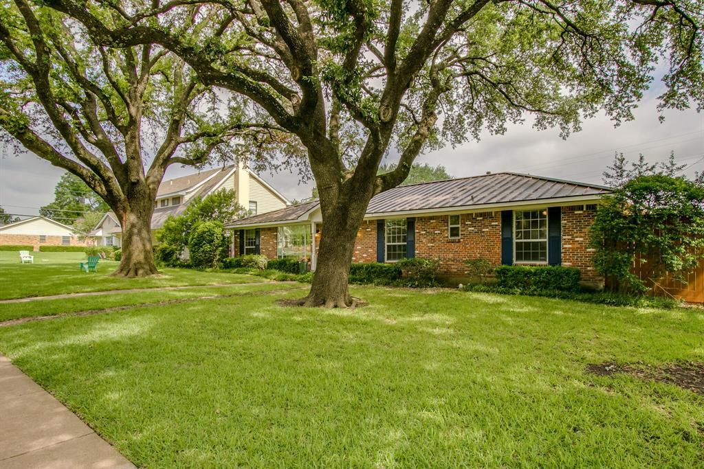 1234 Glen Cove  Drive, Richardson, Texas 75080 - acquisto real estate best allen realtor kim miller hunters creek expert