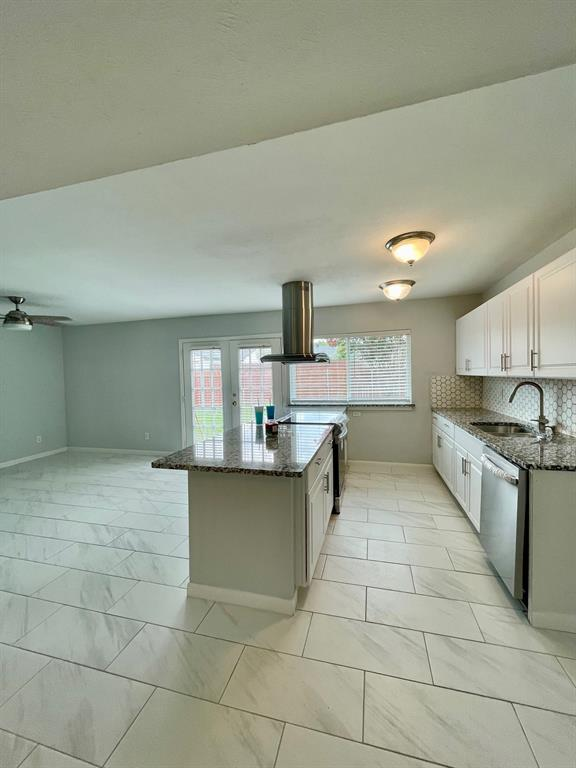 4821 Hamilton  Court, The Colony, Texas 75056 - acquisto real estate best real estate company to work for