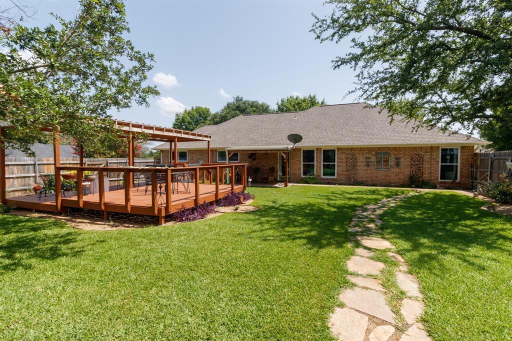 111 Suburban  Drive, Ovilla, Texas 75154 - acquisto real estate smartest realtor in america shana acquisto