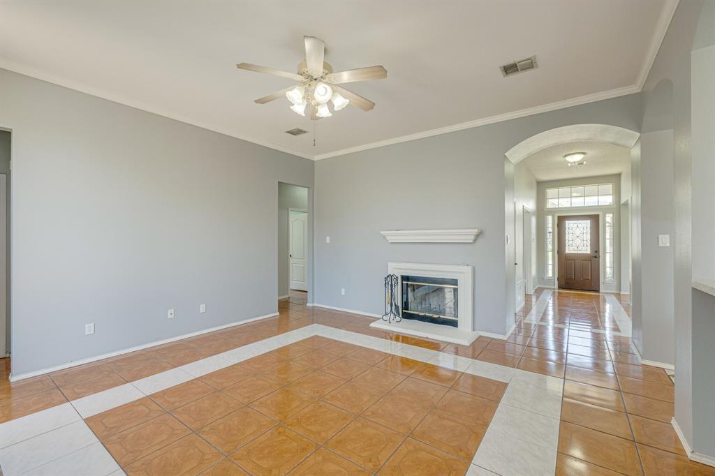 401 Watertown  Lane, Arlington, Texas 76002 - acquisto real estate best listing agent in the nation shana acquisto estate realtor
