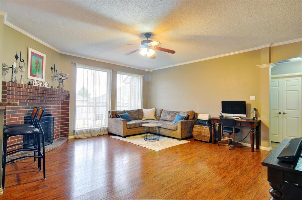 4701 Bluebird  Mansfield, Texas 76063 - acquisto real estate best the colony realtor linda miller the bridges real estate