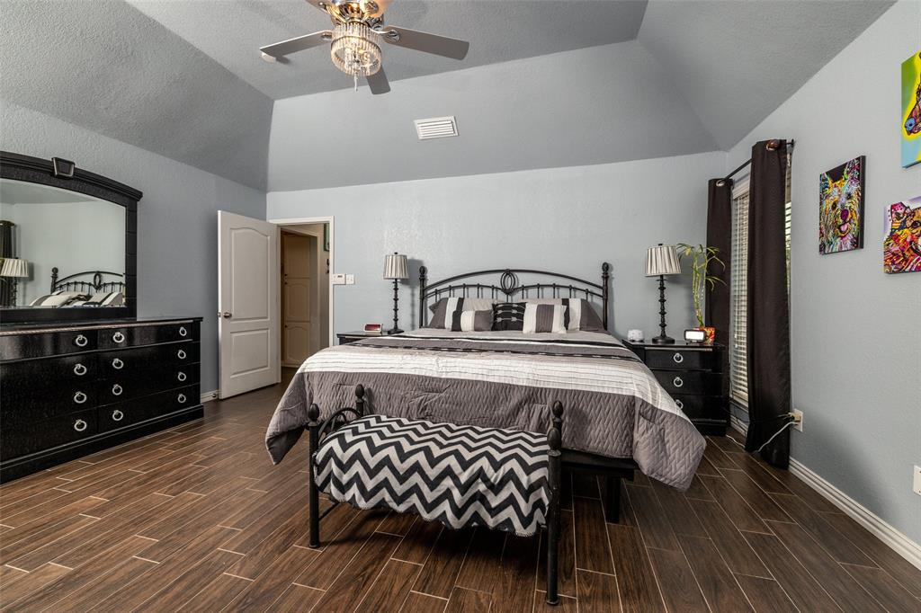 802 Glenn  Drive, Euless, Texas 76039 - acquisto real estate best photo company frisco 3d listings