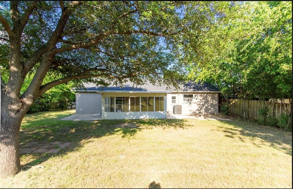 1001 5th  Street, Grand Prairie, Texas 75051 - acquisto real estate best luxury buyers agent in texas shana acquisto inheritance realtor