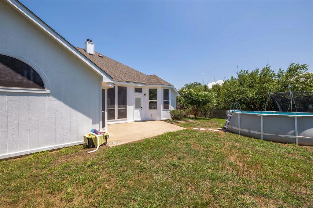 401 Watertown  Lane, Arlington, Texas 76002 - acquisto real estate best looking realtor in america shana acquisto