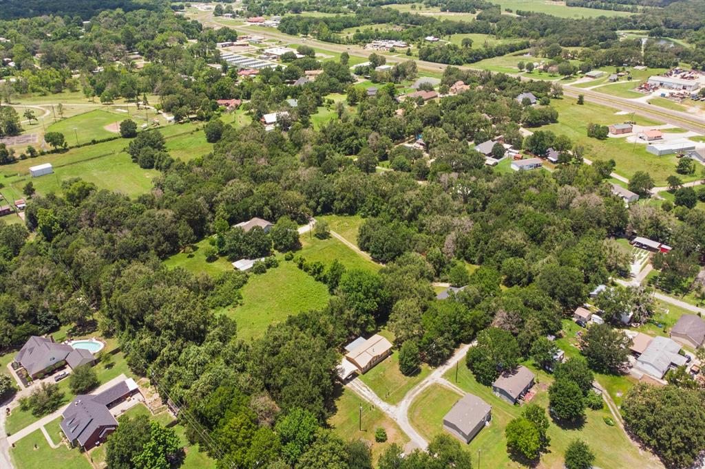 4 Sandy  Lane, Teague, Texas 75860 - acquisto real estate best looking realtor in america shana acquisto