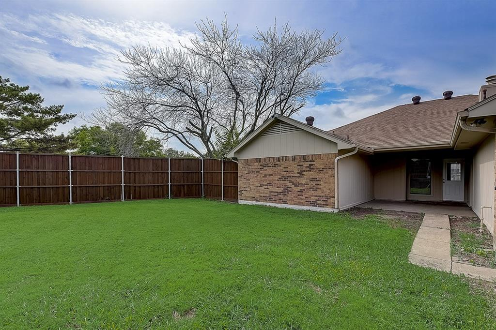 405 Kingsbridge  Court, Garland, Texas 75040 - acquisto real estate best real estate company in frisco texas real estate showings