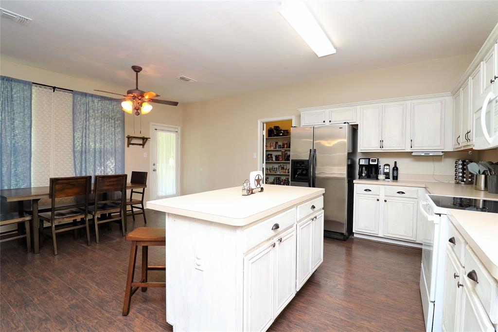 2208 Eden Green  Drive, Arlington, Texas 76001 - acquisto real estate best real estate company in frisco texas real estate showings