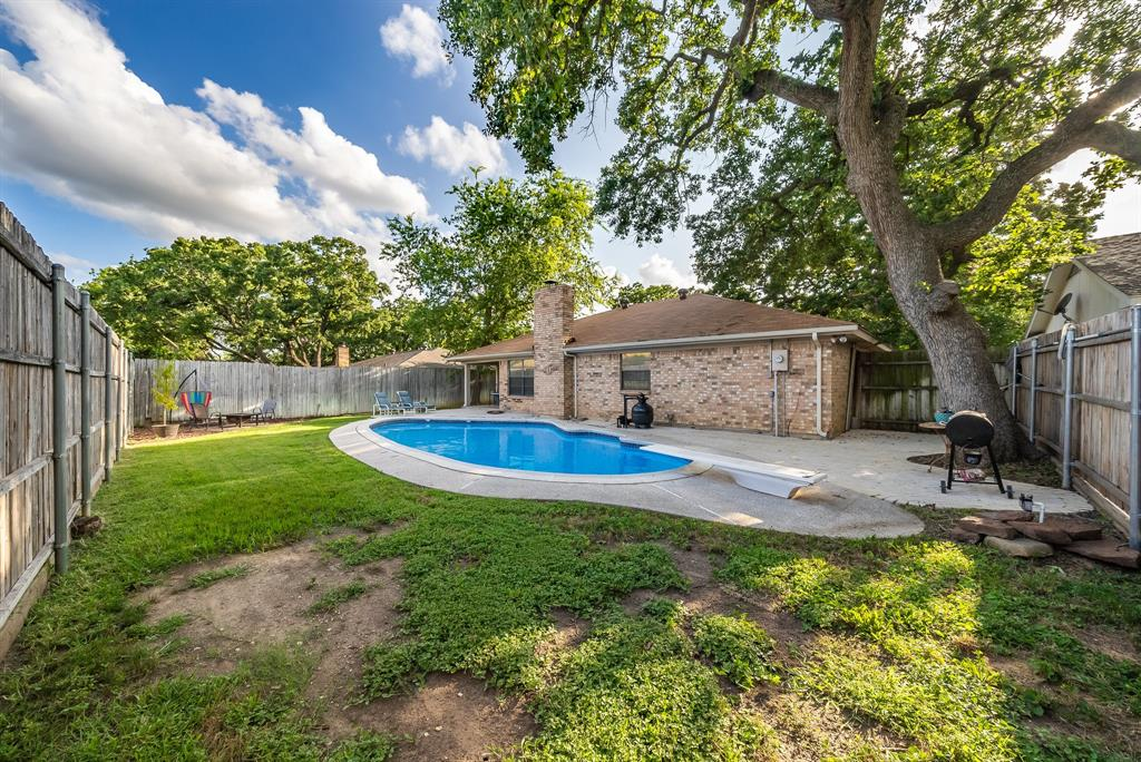 2732 Meadow Green  Bedford, Texas 76021 - acquisto real estate best photo company frisco 3d listings