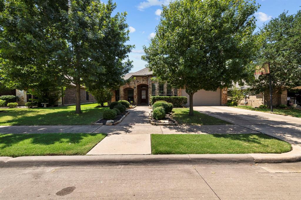 405 Bryn Mawr  Lane, Van Alstyne, Texas 75495 - acquisto real estate best realtor foreclosure real estate mike shepeherd walnut grove realtor