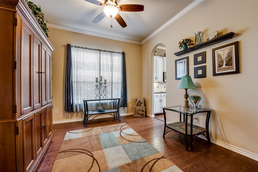 5709 Eagle Mountain  Drive, Denton, Texas 76226 - acquisto real estate best investor home specialist mike shepherd relocation expert