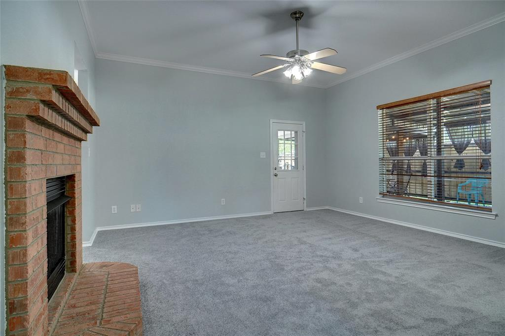 319 6th  Street, Justin, Texas 76247 - acquisto real estate best prosper realtor susan cancemi windfarms realtor