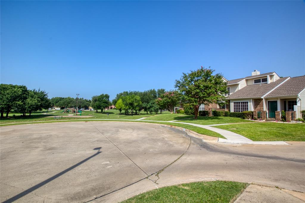 719 Creekwood  Court, Lewisville, Texas 75067 - acquisto real estate mvp award real estate logan lawrence