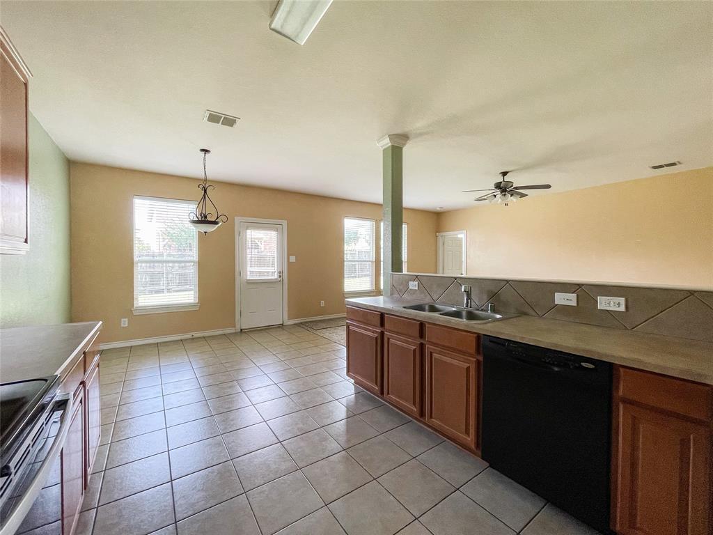 1738 Summerwood  Lane, Cedar Hill, Texas 75104 - acquisto real estate best listing agent in the nation shana acquisto estate realtor