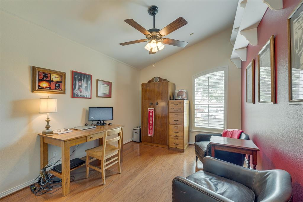 2701 Cedar Springs  Court, Bedford, Texas 76021 - acquisto real estate best plano real estate agent mike shepherd