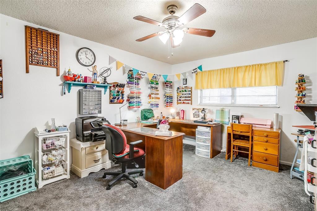 1010 Yvonne  Drive, Joshua, Texas 76058 - acquisto real estate best realtor dfw jody daley liberty high school realtor
