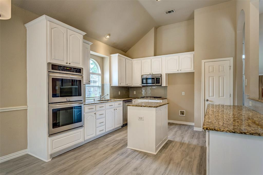 420 Misty  Lane, Lewisville, Texas 75067 - acquisto real estate best investor home specialist mike shepherd relocation expert