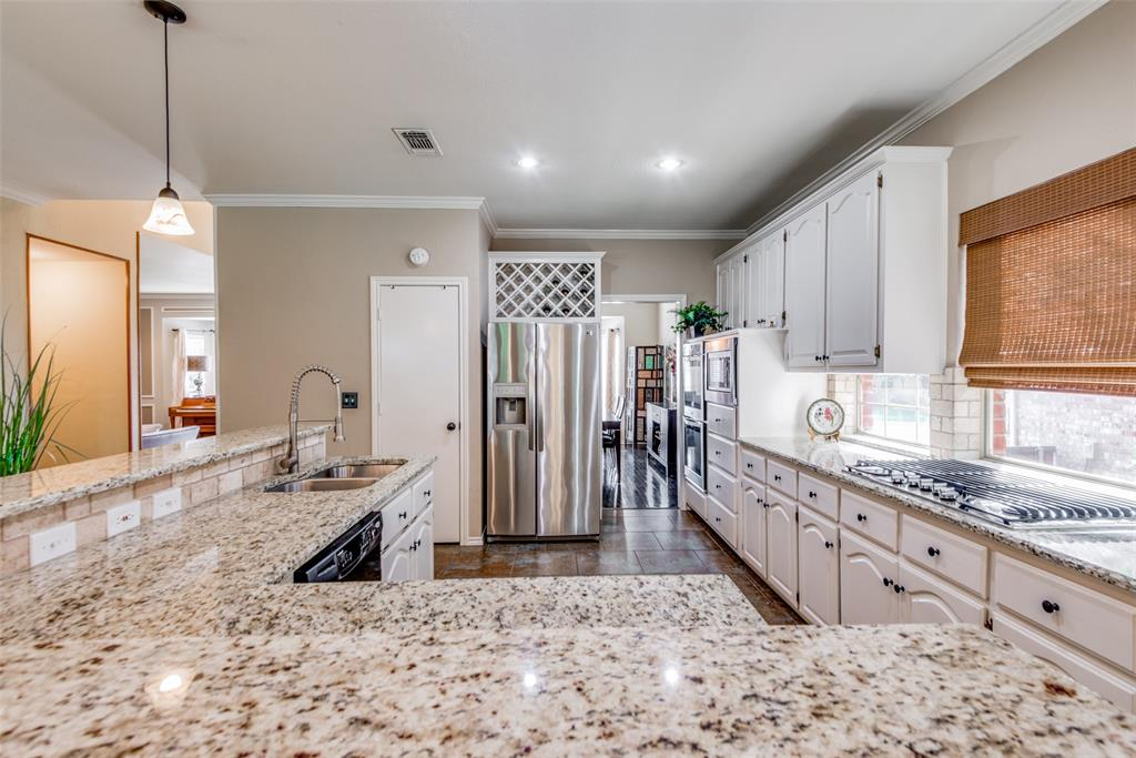 2673 Hillside  Drive, Highland Village, Texas 75077 - acquisto real estaet best boutique real estate firm in texas for high net worth sellers