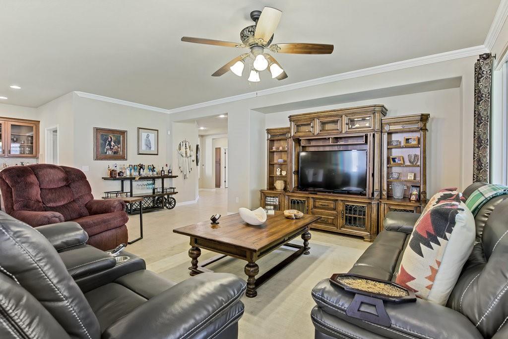 11901 Glenbrook  Street, Denton, Texas 76207 - acquisto real estate best plano real estate agent mike shepherd