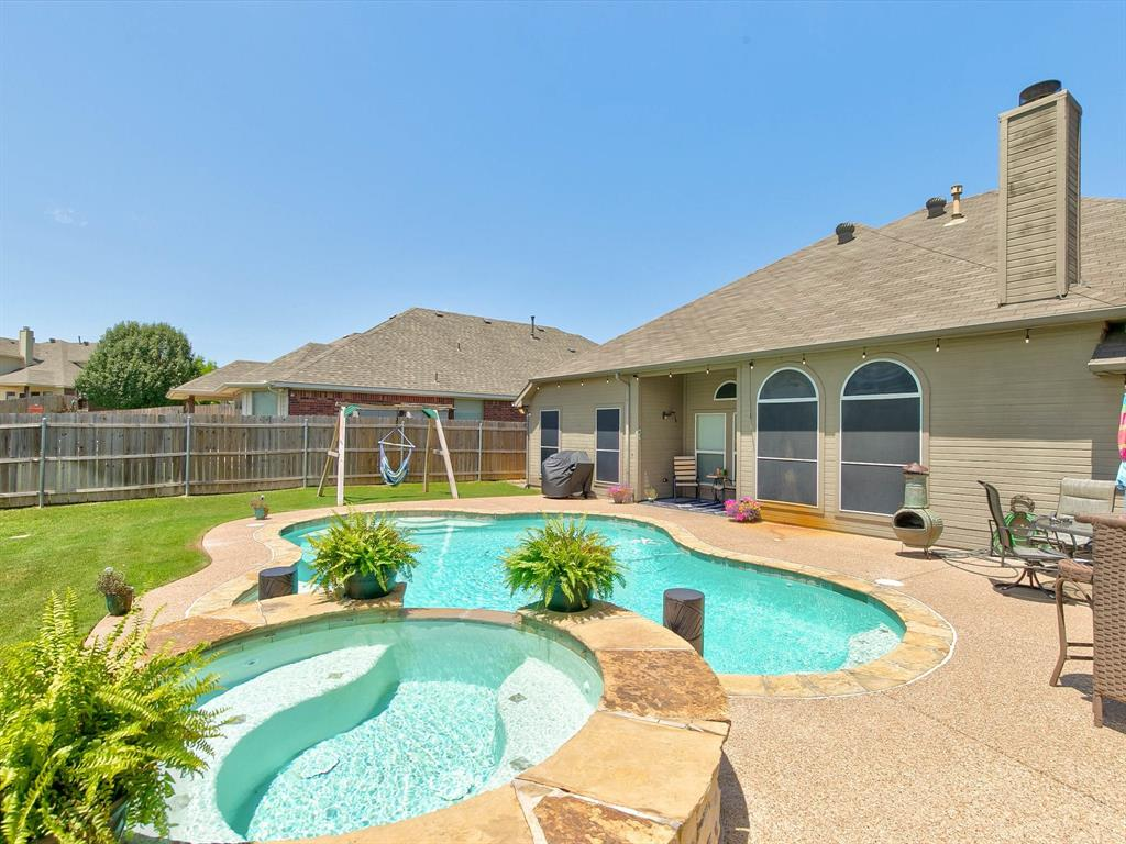 2973 Lakeview  Circle, Burleson, Texas 76028 - acquisto real estate best looking realtor in america shana acquisto