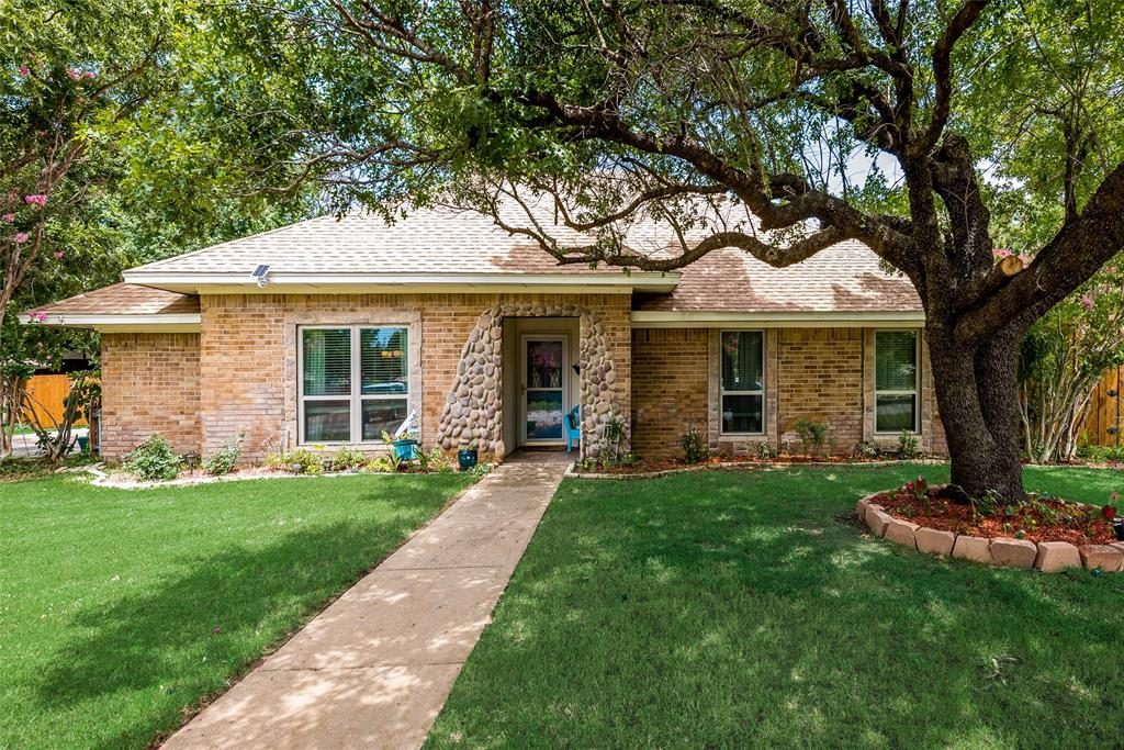 241 Merriman  Drive, Highland Village, Texas 75077 - Acquisto Real Estate best frisco realtor Amy Gasperini 1031 exchange expert