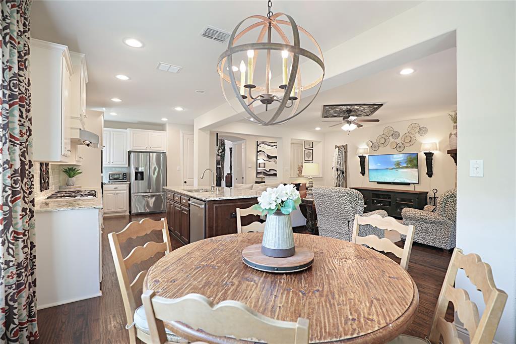2800 Piersall  Drive, McKinney, Texas 75072 - acquisto real estate best designer and realtor hannah ewing kind realtor