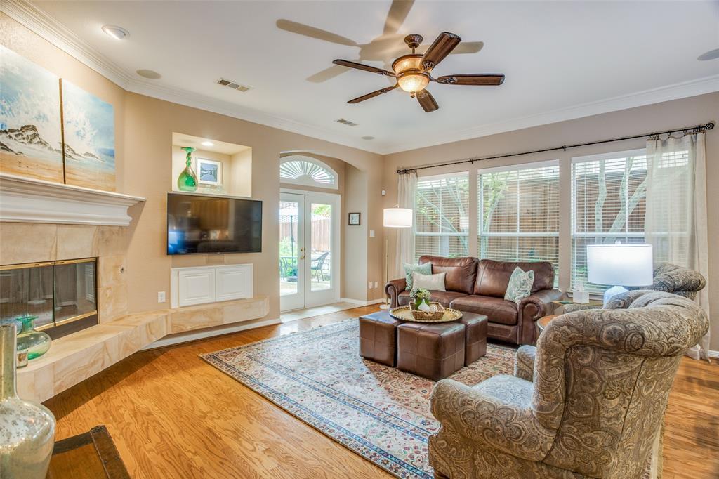 1732 Glenlivet  Drive, Dallas, Texas 75218 - acquisto real estate best designer and realtor hannah ewing kind realtor