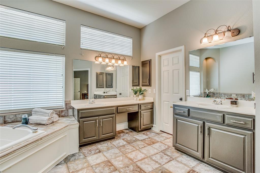 8301 Strecker  Lane, Plano, Texas 75025 - acquisto real estate best photos for luxury listings amy gasperini quick sale real estate