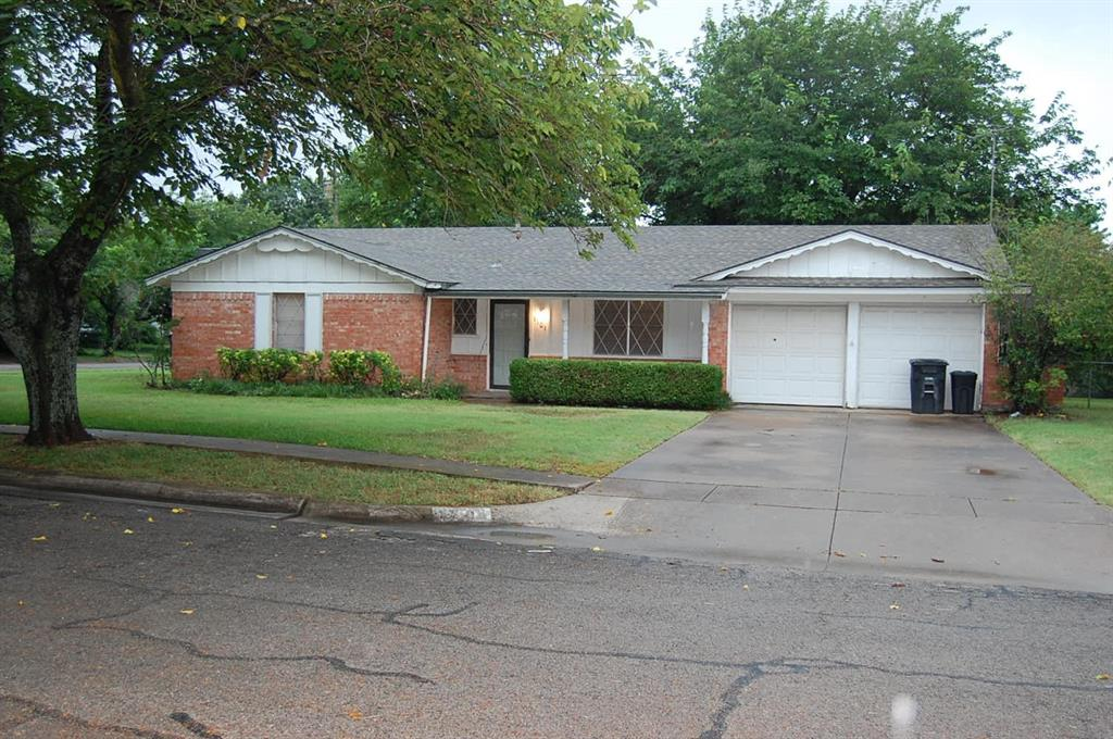 1701 Carroll  Drive, Cleburne, Texas 76033 - Acquisto Real Estate best frisco realtor Amy Gasperini 1031 exchange expert