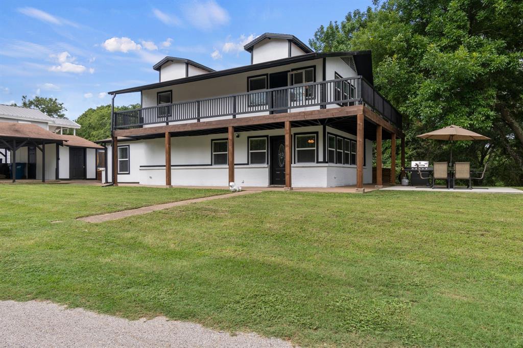 1202 Rim of the World Dr  Tool, Texas 75143 - acquisto real estate best negotiating realtor linda miller declutter realtor
