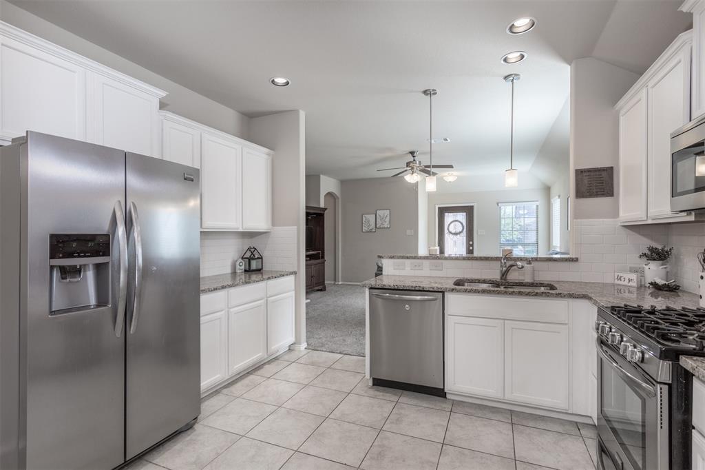 9817 Fox Squirrel  Trail, McKinney, Texas 75071 - Acquisto Real Estate best frisco realtor Amy Gasperini 1031 exchange expert