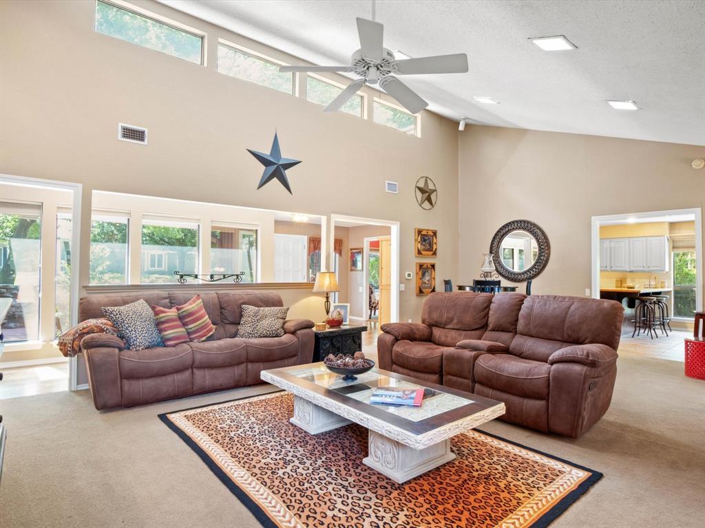 505 Oak Hollow  Lane, Fort Worth, Texas 76112 - acquisto real estate best prosper realtor susan cancemi windfarms realtor