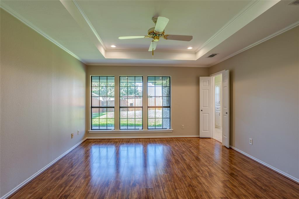 2805 Harpers Ferry  Lane, Garland, Texas 75043 - acquisto real estate best photos for luxury listings amy gasperini quick sale real estate