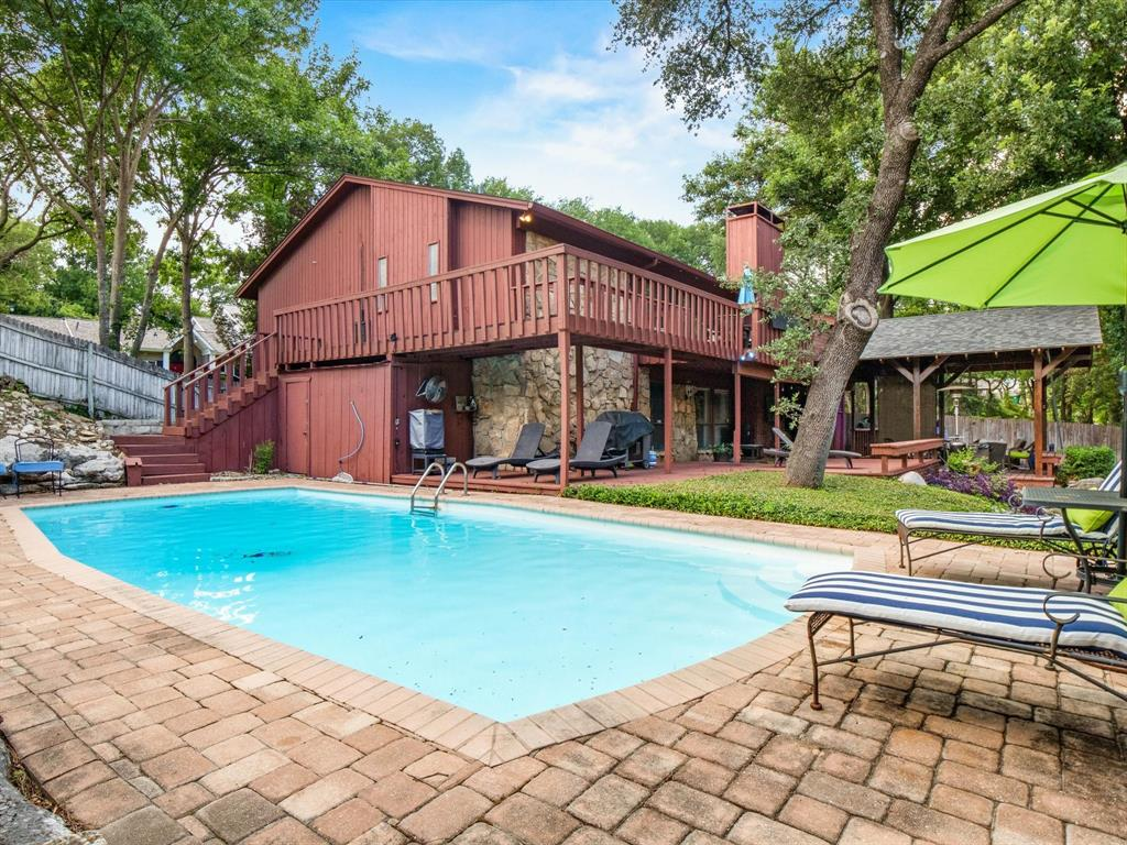 505 Oak Hollow  Lane, Fort Worth, Texas 76112 - acquisto real estate best frisco real estate agent amy gasperini panther creek realtor