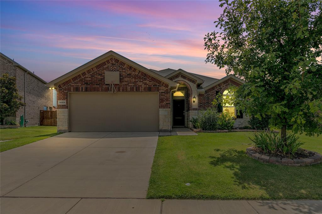 14409 Mainstay  Way, Fort Worth, Texas 76052 - Acquisto Real Estate best frisco realtor Amy Gasperini 1031 exchange expert