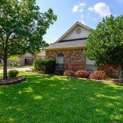 1813 Sand Stone  Drive, Sanger, Texas 76266 - acquisto real estate best the colony realtor linda miller the bridges real estate