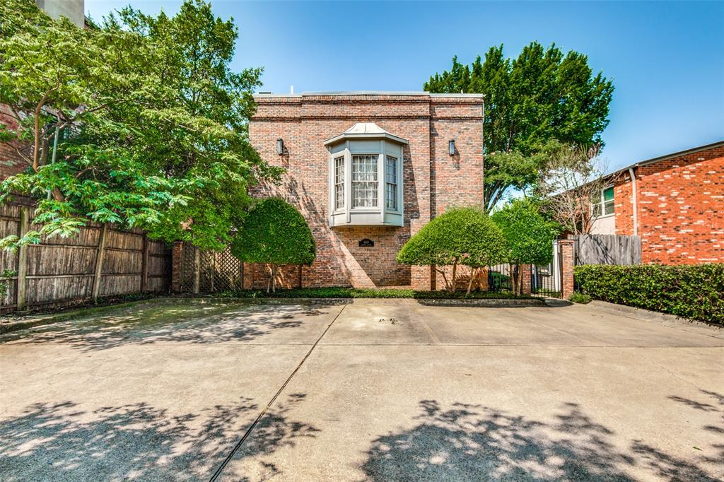 4519 Gilbert  Avenue, Dallas, Texas 75219 - Acquisto Real Estate best plano realtor mike Shepherd home owners association expert