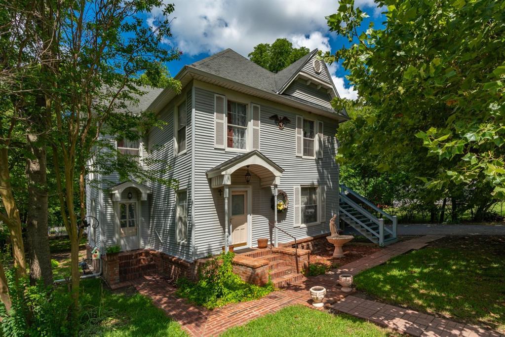 460 Preston  Avenue, Van Alstyne, Texas 75076 - Acquisto Real Estate best frisco realtor Amy Gasperini 1031 exchange expert