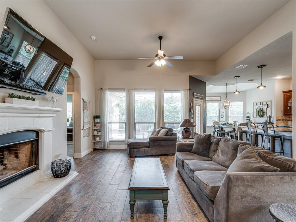 409 Hillstone  Drive, Midlothian, Texas 76065 - acquisto real estate best allen realtor kim miller hunters creek expert