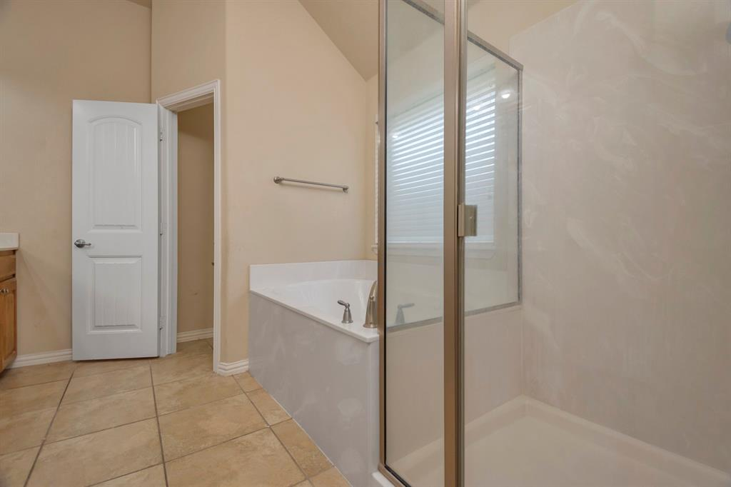 2725 Los Gatos  Lane, Fort Worth, Texas 76131 - acquisto real estate best realtor dallas texas linda miller agent for cultural buyers