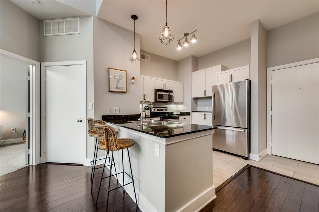 4414 Cedar Springs  Road, Dallas, Texas 75219 - acquisto real estate best new home sales realtor linda miller executor real estate