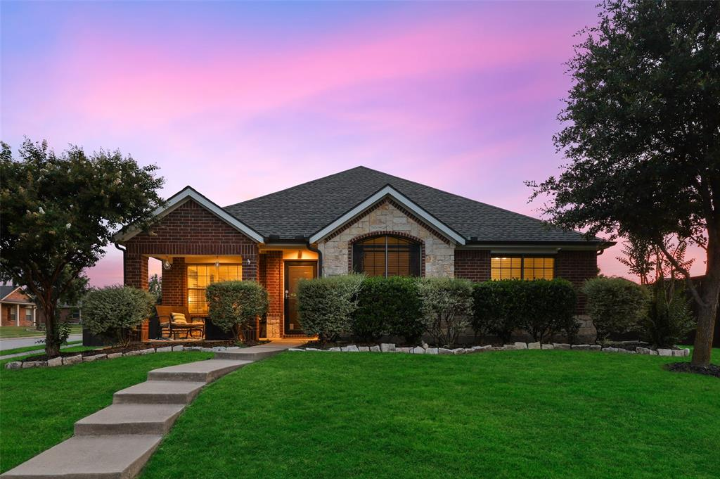 212 Forestbrook  Drive, Wylie, Texas 75098 - Acquisto Real Estate best frisco realtor Amy Gasperini 1031 exchange expert