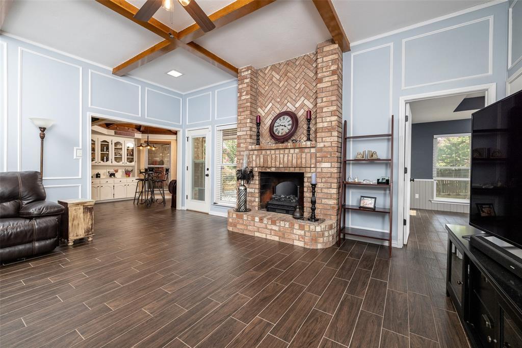802 Glenn  Drive, Euless, Texas 76039 - acquisto real estate best celina realtor logan lawrence best dressed realtor