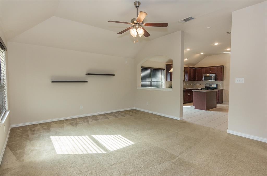 724 Sendero  Road, Arlington, Texas 76002 - acquisto real estate best real estate company to work for