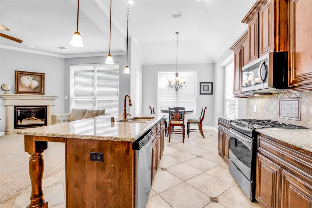 5609 Green Moss  Hill, McKinney, Texas 75071 - acquisto real estate best flower mound realtor jody daley lake highalands agent of the year
