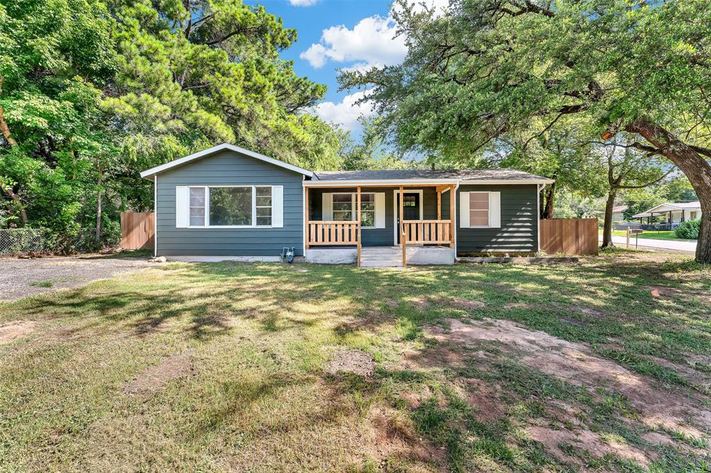617 Alfred  Drive, Azle, Texas 76020 - Acquisto Real Estate best plano realtor mike Shepherd home owners association expert