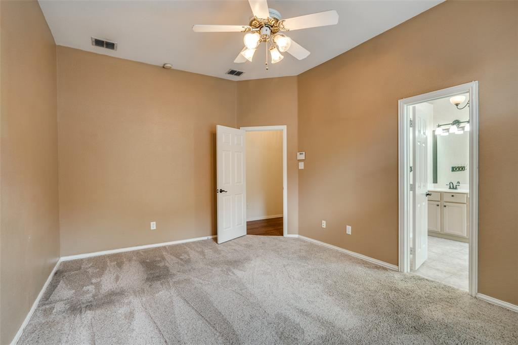 9816 Belfort  Drive, Frisco, Texas 75035 - acquisto real estate best photos for luxury listings amy gasperini quick sale real estate