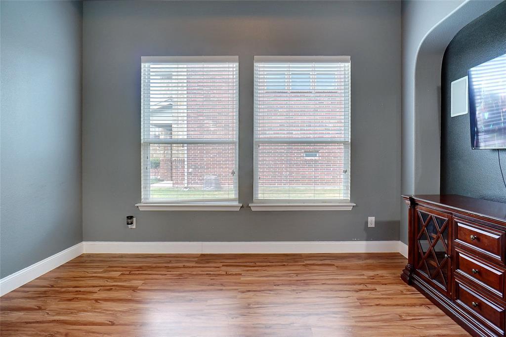 4013 Bonita  Avenue, Denton, Texas 76210 - acquisto real estate best style realtor kim miller best real estate reviews dfw