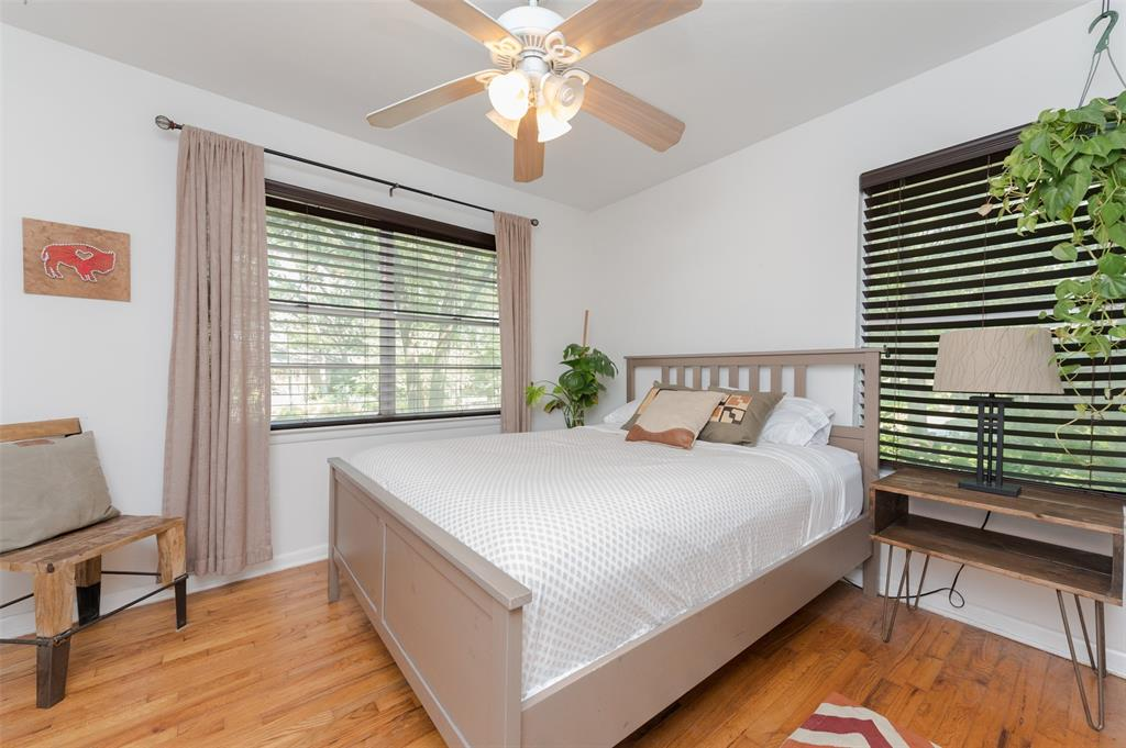 2503 Glenwood  Lane, Denton, Texas 76209 - acquisto real estate best realtor dallas texas linda miller agent for cultural buyers