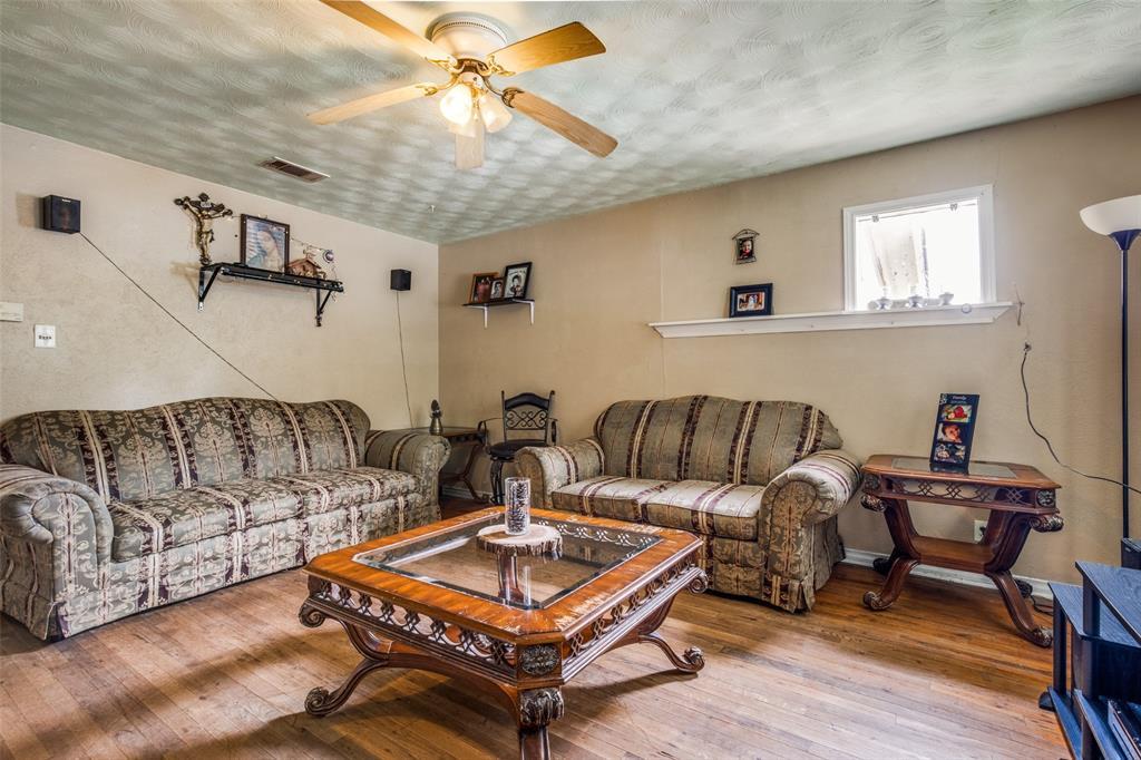 547 Elkhart  Avenue, Dallas, Texas 75217 - Acquisto Real Estate best frisco realtor Amy Gasperini 1031 exchange expert